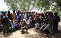Les habitants de Tombouctou et de Tarabangou reçoivent et échangent avec le personnel de la MINUSMA sur son Mandat