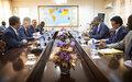 Le Secrétaire General Adjoint aux opérations de maintien de la paix, M. Jean-Pierre Lacroix avec les autorités maliennes