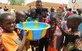 Distribution d'eau potable aux résidents de la ville de Gao