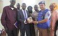 La MINUSMA offre du matériel aux radios locales de la Région de Tombouctou